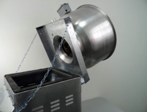 Hinge and Retaining Chain Installation